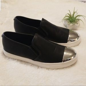 Steve Madden black  and silver shoes